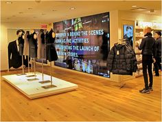 Uniqlo_New York Digital Signage