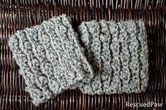 Gabrielle Crochet Boot Cuffs {FREE PATTERN} #diy #women #tutorial