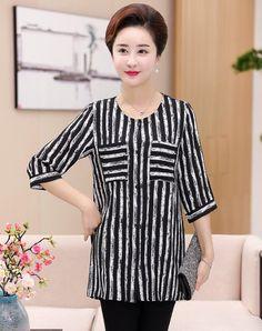 Black Work Round Neck Stripes 3/4 Sleeve Mid-Length Shirt