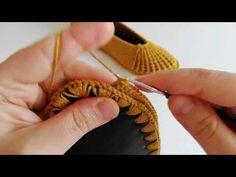 Crochet Slipper Pattern, Crochet Shoes, Crochet Slippers, Crochet Scarves, Crochet Patterns, Diy Crafts Hacks, Knitted Baby Clothes, Old Shoes, Crochet Videos