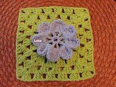 My Crochet , Mis Tejidos: Free Granny Squares E BOOK / Un Libro Gratis de Cuadros de la Abuela,puedes bajarlo gratis .
