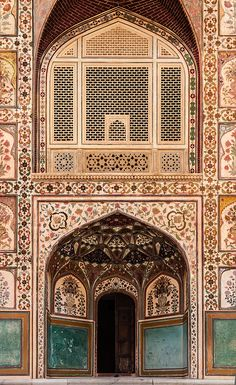 amer fort, jaipur, india   travel destinations in south asia + fortifications #wanderlust