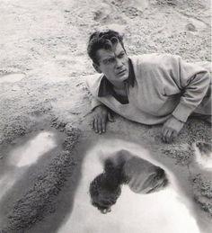 """""""Orphée"""" de Jean Cocteau, programmé le 27/12 à 14h30 http://www.forumdesimages.fr/les-programmes/magique/orphee_1"""