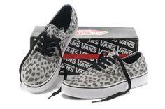 The Fashionable Vans Classic Canvas leopard-Print Shoes