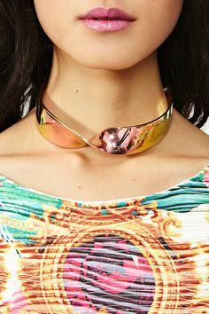 Twist Collar Necklace