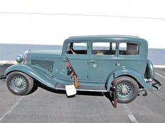 1933 DESOTO 4 DOOR SEDAN – MAFIA CAR