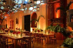 Los 10 mejores wedding planners en Cartagena: con ellos vivirás una boda 'top' e insuperable Planners, Wedding Planner, Table Decorations, Furniture, Home Decor, Cartagena, Live, Events, Wedding