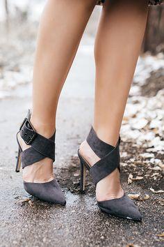 thick buckle grey heels