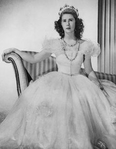 The Duchess of Alba – 21 Beautiful Photos of Cayetana Fitz-James Stuart When She Was Young