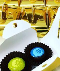 Wedding in gold #weddingfavors #indulgeweddings #indulgechocolat