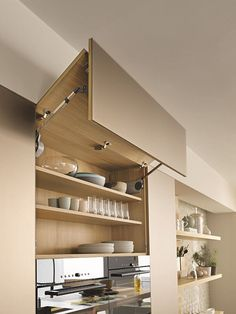 Simple  a Vao and Linee Kitchen by Team