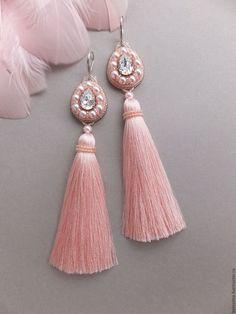 """Купить Серьги - кисточки """"Pink bird"""" - серьги, серьги длинные, серьги с кристаллами, серьги-кисти"""