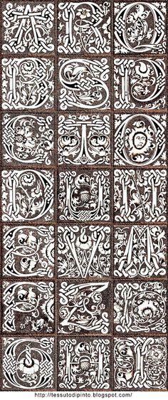 21 decorative #Gothic #alphabet letters: