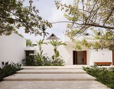 Home With a Traditional Mexican Courtyard by CDM Casas de Mexico