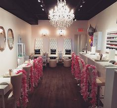 bachelorette party montreal champagne lacquerie birthday