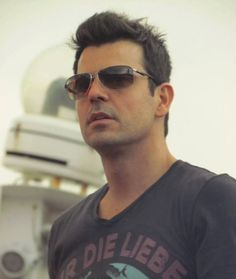 NKOTB ~ Jordan Knight... at pre-teen age I swore I'd marry him