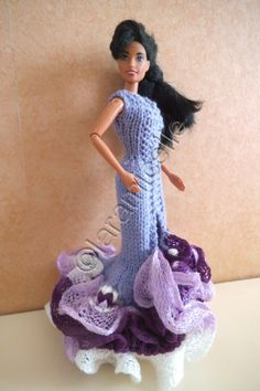 Free barbie tutorial: Spanish dress with wool scarf