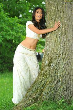 Ileana (aka) Ileana D'Cruz photos stills & images Tamil Actress, Bollywood Actress, Ileana D'cruz, South Actress, India Beauty, Indian Girls, Actress Photos, Beautiful Actresses, Indian Actresses