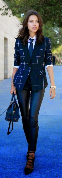 Women's fashion perfect work outfit
