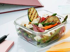 Parrillada de verduras con queso de cabra, #receta perfecta para tu tupper ;) Potato Salad, Potatoes, Club, Drinks, Ethnic Recipes, Food, Design, Grilled Vegetables, Cooking