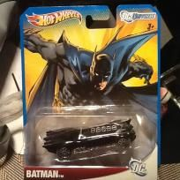 BATMAN BAT-MOBILE DESIGN DC UNIVERSE BY HOT WHEELS Please Like and share or feel free to-purchase thanks! $9.99