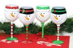 Snowman Face Wine Glass 18 oz Holiday Hand Painted with Gift Box: Amazon.com: Kitchen & Dining