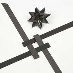 Stjerne med pyramidespids, foldet af stjernestrimler | DIY vejledning