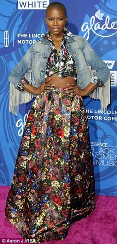 Not everyone got the memo:V Bozeman and Glee's Amber Riley went for very different styles...