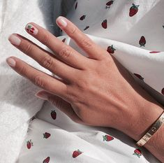 Shared by Emma Almqvist. Find images and videos about summer, nails and nail art on We Heart It - the app to get lost in what you love. Music Nails, Cherry Nails, Nails Now, High End Makeup, Dream Nails, In Cosmetics, Hot Nails, Cute Makeup, Nail Trends