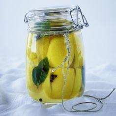 Eingelegte Salzzitronen marokkanische Art Rezept   LECKER