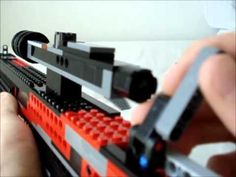 here is my first sniper rifle that shoots little lego pieces. It uses a single shot mech since i had trouble making a magazine for it. Lego Creations Instructions, Lego Structures, Kid Dates, Lego Guns, Lego Army, Lego Craft, All Lego, Lego Projects, Lego Technic