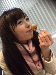 福原遥スタッフ(公式) @haruka_staff  1時間1時間前 大阪には1週間もドラマの撮影で行ってきましたー(^^) 1/8「僕と私のひらパー姉さん」放送です!お楽しみに☆