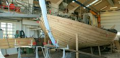 Boatbuilding workshops in Slettestrand, open to visitors. Han Herred Havbåde preserves the traditional methods for building fishingboats.