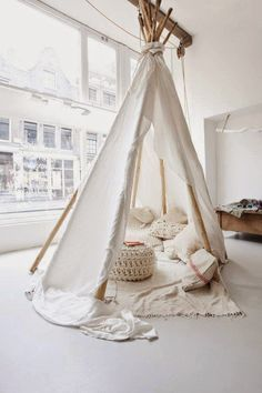 Today I'm loving, tents :)