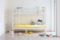 Thuka hit stapelbed | Kidsgigant.nl Furniture, Bunks, Room, White Wash, Daughters Room, Home Decor, Room Decor, Bed, Bunk Beds