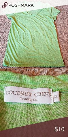 Green v-neck Coconut Creek v-neck. Bright Heather green. No flaws. Says xl but fits a medium! Coconut Creek Tops Tees - Short Sleeve