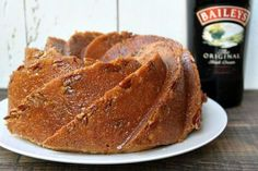 Here& an easy recipe for Irish Cream Bundt Cake made with Baileys Irish Cream Liqueur. Photographs and how-to video included. Delicious Cake Recipes, Cake Mix Recipes, Yummy Cakes, Dessert Recipes, Desserts, Dessert Ideas, Baileys Irish Cream, Irish Cream Cake, Baileys Recipes