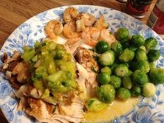 Mango Salsa, Sweet and Spicy Salmon, and some succulent Shrimp! Spicy Salmon, Food Out, Mango Salsa, Cheap Meals, Recipe Today, Sweet And Spicy, Paleo Recipes, Shrimp, Creepy