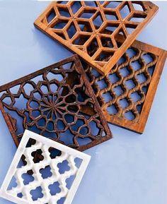 Herança da arquitetura islâmica, Inspirados nos muxarabis de madeira, nossos cobogós foram originalmente construídos em cimento.O cob...