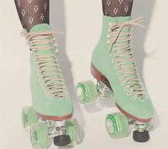 OMG, I want these!!!! #skates #party #cottoncandy #music  #mint #pink #tights