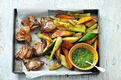 Heerlijke lamskoteletjes met een salsa verde van verse kruiden. - Recept - Allerhande