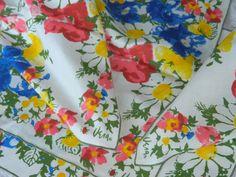Set of 4 Vintage Vera Neumann Daisy Flower Bright Spring Cotton Table Napkins  #VeraNeumann