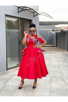Venda Traditional Attire, Tsonga Traditional Dresses, South African Traditional Dresses, Latest African Fashion Dresses, African Dresses For Women, African Print Fashion, African Attire, Red Peplum Dresses, Shweshwe Dresses