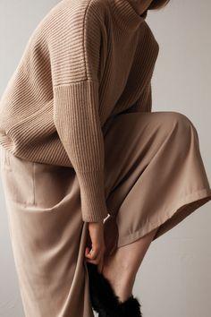 Fall 2015 – Shaina Mote (minimal style)