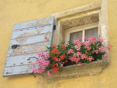 i love  home made shutters