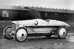 """Rekordfahrzeug: Der Benz 200 PS von L. G. """"Cupid"""" Hornsted, mit dem er in Brooklands/England fuhr."""