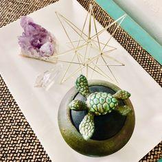 Inner Feng Shui: Miracle Jar - The Feng Shui Studio Feng Shui Rules, Feng Shui Items, Feng Shui Principles, Feng Shui Art, Feng Shui Luck, Feng Shui Studio, Feng Shui Bathroom, Feng Shui History, How To Feng Shui Your Home