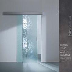 Agorà corda: la porta in vetro scorrevole di Cristal con inserti di ...
