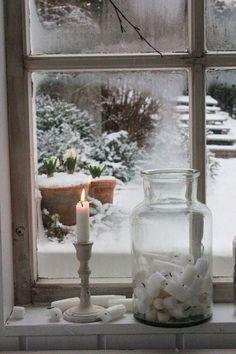 A view of the winter garden ~ vintage window scene. A view of the winter garden ~ vintage window scene. Winter Szenen, I Love Winter, Winter Magic, Winter Christmas, Winter Porch, Hygge Christmas, Christmas Tree, Vibeke Design, Window View