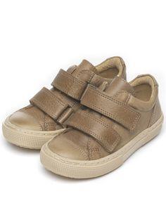 hey shoes, i know some cute feet you'd really like!